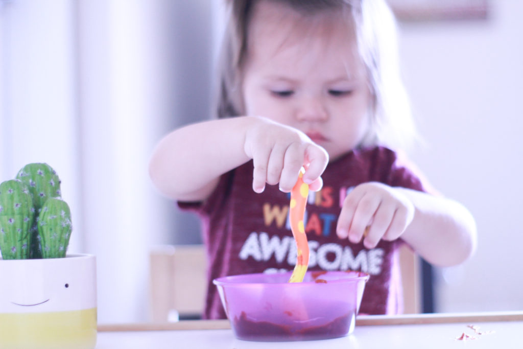 #ad It is no secret that toddlers are picky eaters. Check out how we are getting our toddler her full daily serving of veggies with Happy Tots #ThisIsHappy #HappyTot #toddler #toddlerlife #toddlerfood #pickyeaters #feeding #toddlerfun #toddlermeals #toddlereats