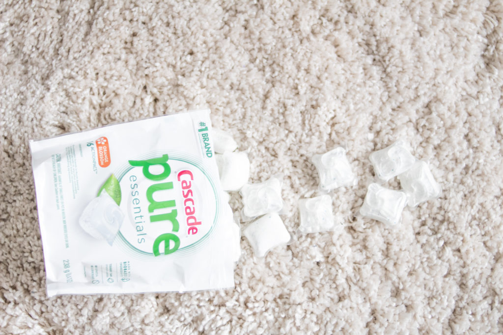 #AD Want help tackling your household chores? I've partnered up with @Cascade to bring you these 3 must try ways. #PureEssentials #AvailableatTarget #homemaking #cleaning #cleanhome #chores #tacklingchores #dishwashing #dishes #momlife #home #clean