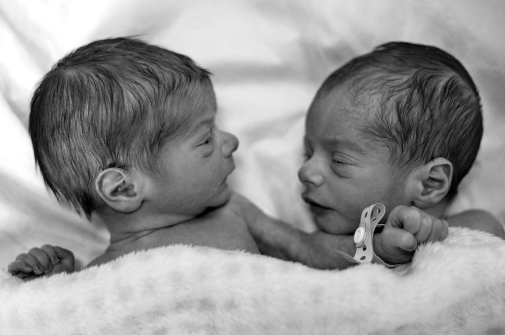 Baby Registries for twins are full of single and double of items. So what do you need to feed twins? Check it out #twinpregnancy #twins #twinbabies #twinboys #pregnancy #pregnant #babies #babygear #forbabies #babystroller #babybassinet