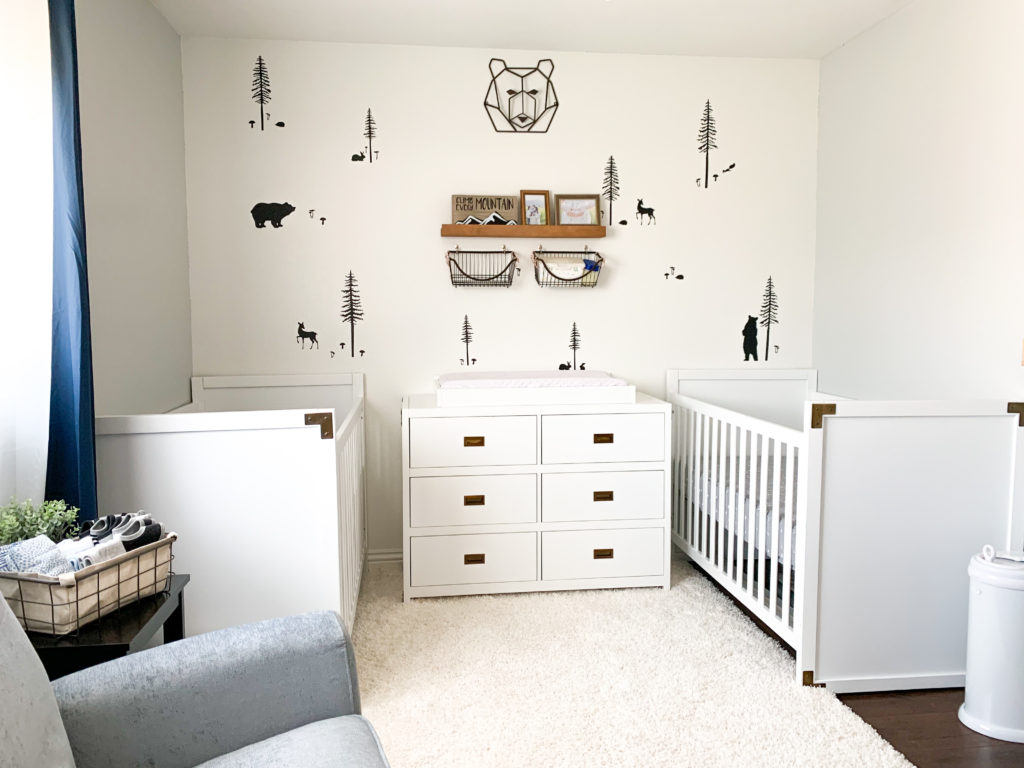 A woodland nursery in neutral colors for these twin boys. check out this transformation and details with @BabyRelax furniture #nursery #woodlandnursery #woodland #boywoodland #navynursery #babynursery #boynursery #twinnursery #twins #twinpregnancy #diy #modernfarmhouse #farmhousedecor #farmhousenursery
