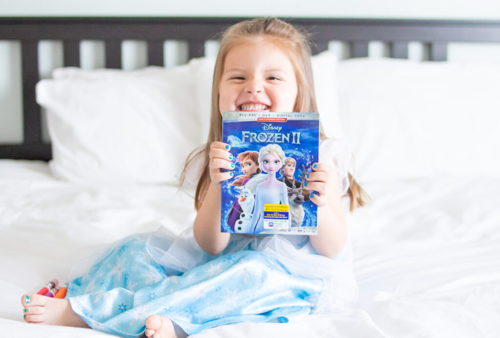 Girl with Frozen 2 movie