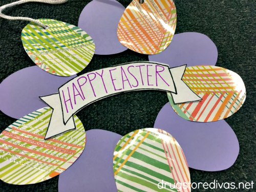 DIY Easter decorations egg wreath