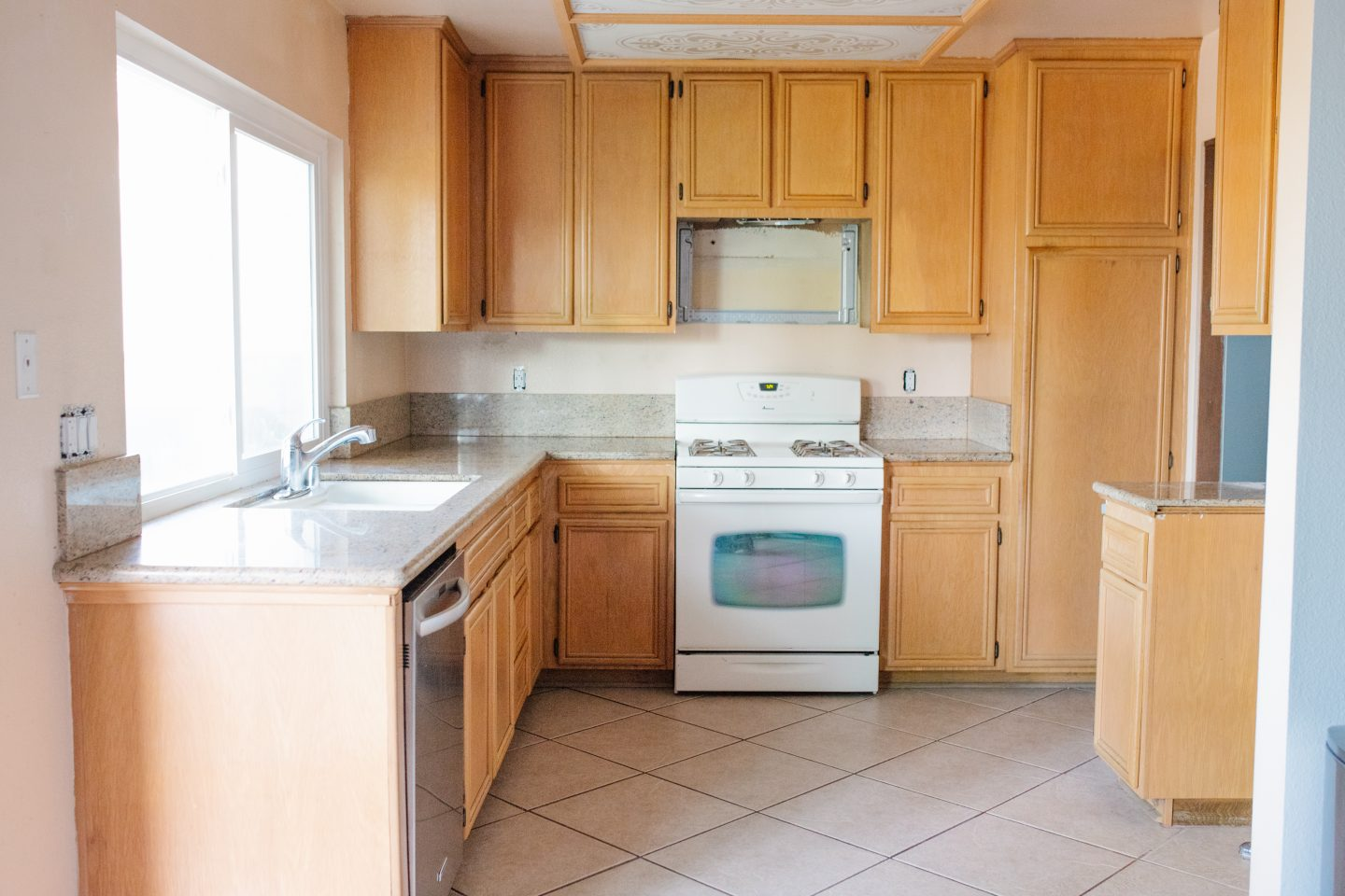 how to paint kitchen cabinets before picture