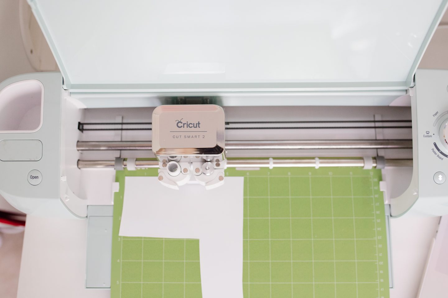 cricut machine cutting